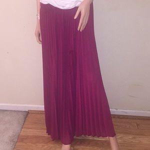 Torrid pleated Burgundy maxi skirt